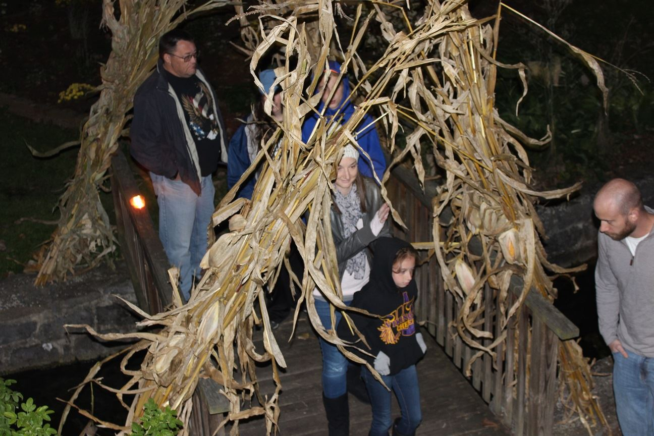 Oct.16.2015_Ghost Tour__Bridge_Ellie and Lacey