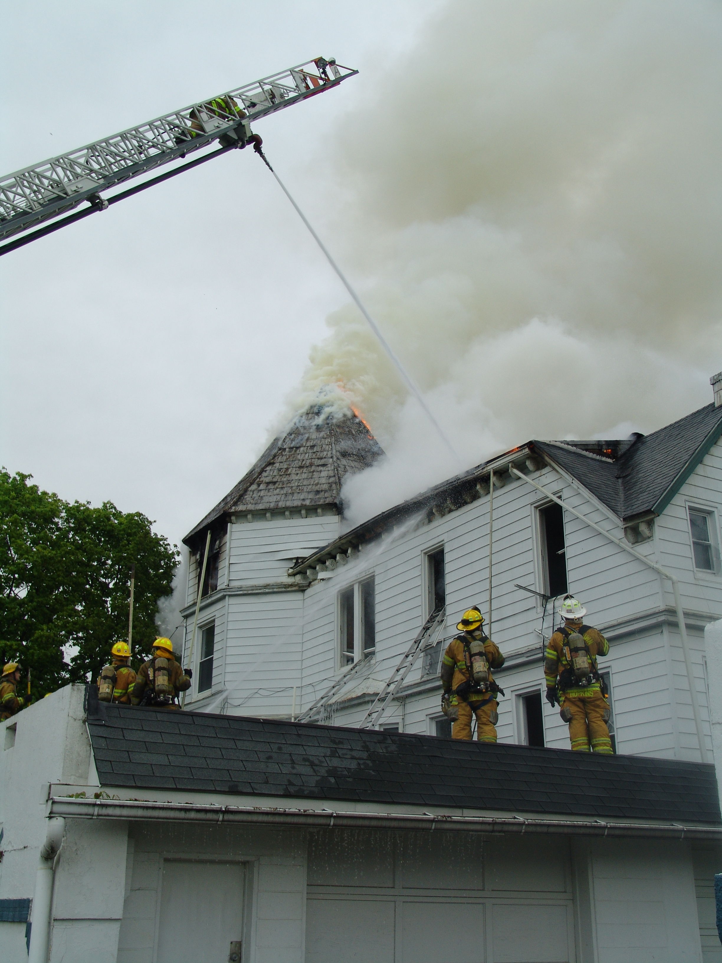 Fire At 334 Summit Avenue